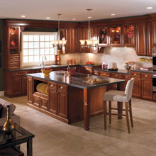 Traditional kitchen cabinet design