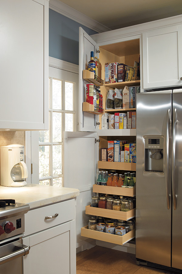 Beau 24 Inch Pantry Supercabinet