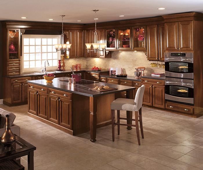 Cherry wood kitchen cabinets in a dark Saddle finish & Cherry Wood Kitchen Cabinets - Aristokraft Cabinetry