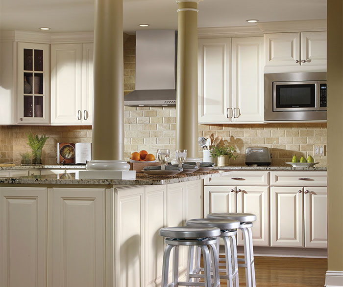 Ivory Cabinets In Traditional Kitchen Aristokraft