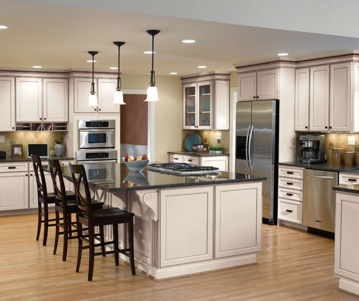 Wonderful Casual Kitchen Cabinets By Aristokraft Cabinetry ...