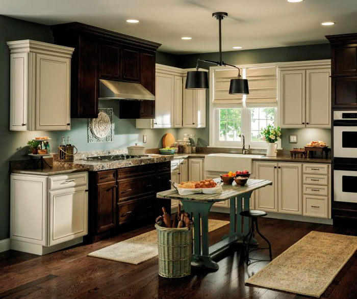 Rustic kitchen cabinets with contrasting finishes