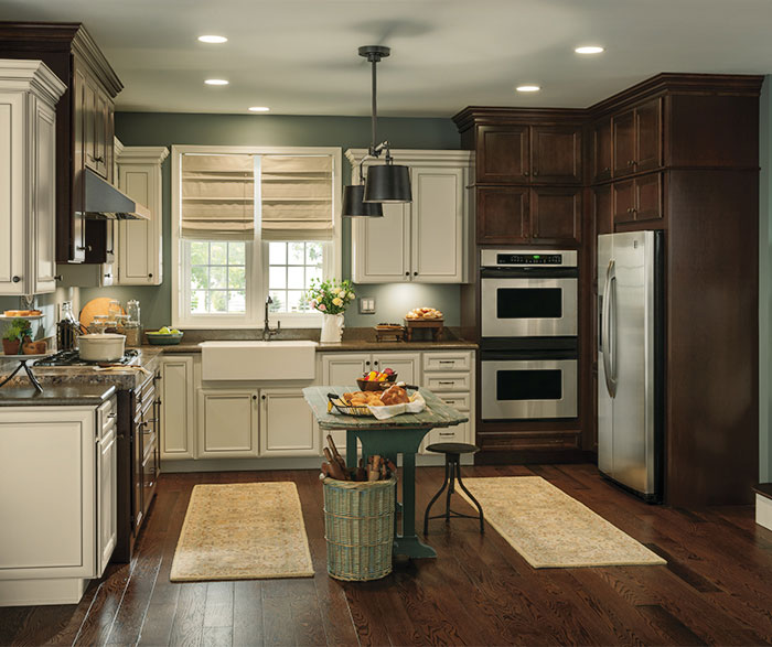 rustic kitchen with contrasting finishes by aristokraft cabinetry     toasted antique laminate cabinet finish   aristokraft  rh   aristokraft com