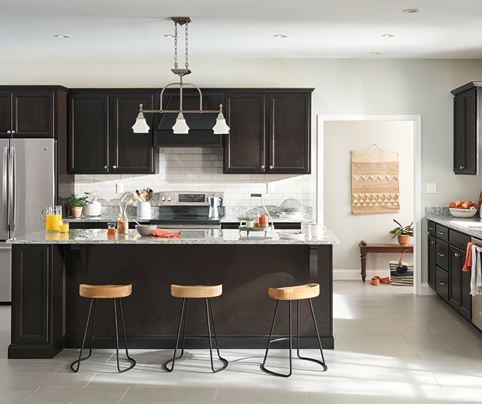 Birch Cabinets In Casual Kitchen Aristokraft Cabinetry