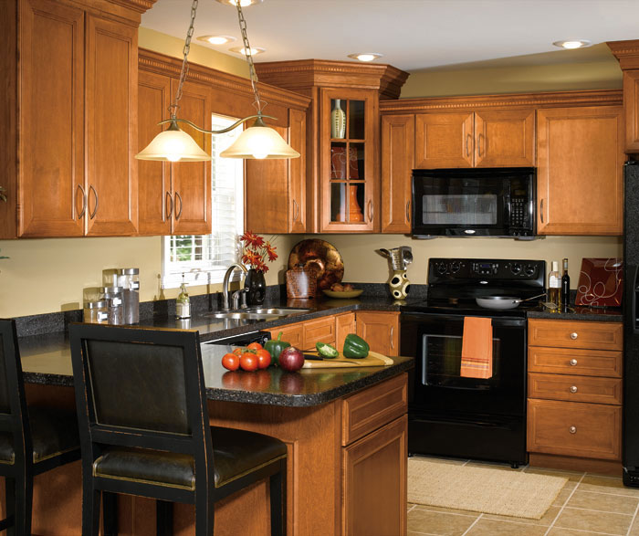 ... Maple Wood Cabinets In Traditional Kitchen By Aristokraft Cabinetry ...