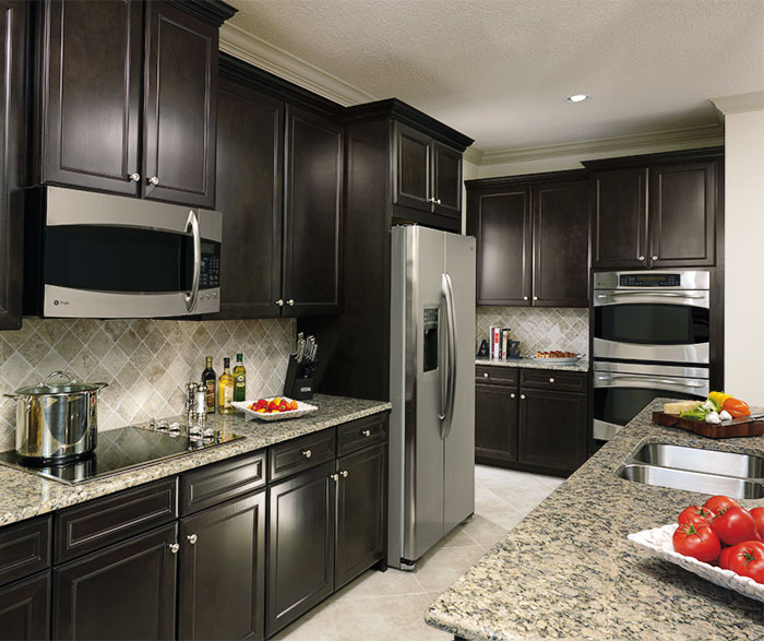 Sarsaparilla Cabinets in a Casual Kitchen