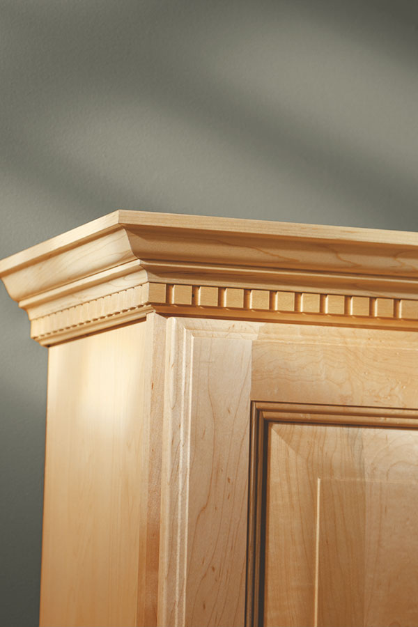 kitchen cabinet crown moulding cabinet mouldings amp accents aristokraft cabinetry 18415