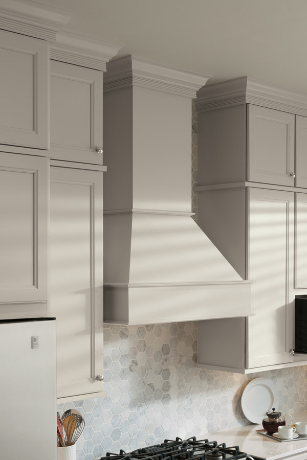 Square Wood Hood Amp Tall Chimney Aristokraft Cabinets