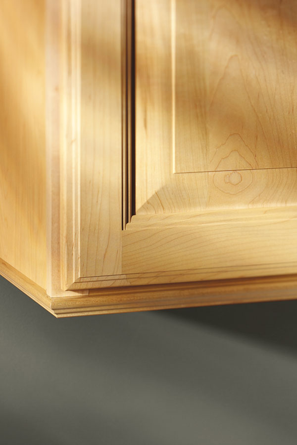 Traditional Soffit Trim - Aristokraft Cabinetry