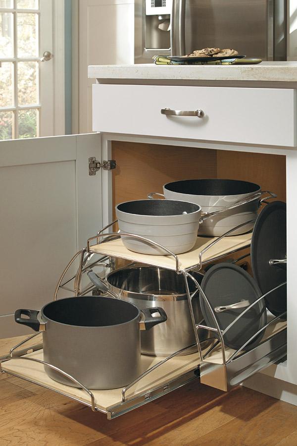 Base Pots and Pans Pullout